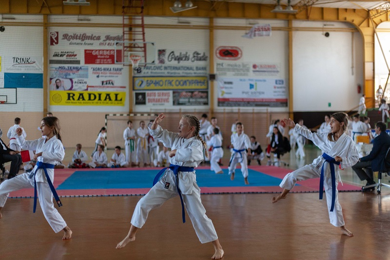 Modričani položili test: Organizacija otvorenog Kupa u karateu na visokom nivou