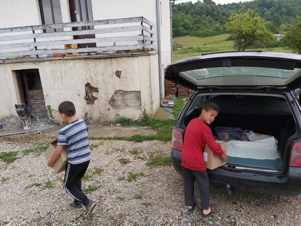 Stojanovići grade novi život: Kupljena kuća čeka renoviranje (FOTO) Mojdoboj.info